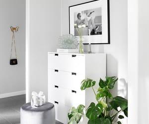 interior design and simplicity image