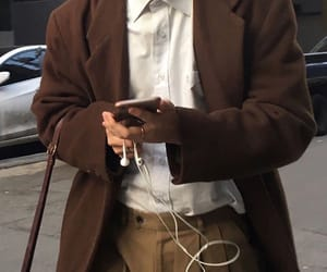 aesthetic, brown, and outfit image