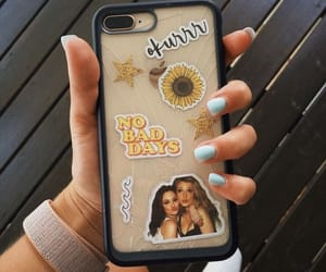 iphone, gossipgirl, and phonecase image