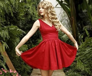 dresses, red, and red wedding image