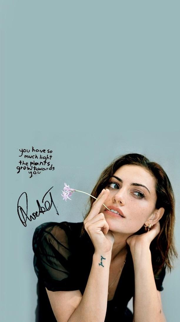 Phoebe Tonkin Wallpaperlockscreen Discovered By Steffimorgan
