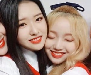 ships, hyewon, and loona image