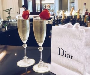 champagne and dior image