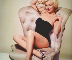 Marilyn Monroe, monroe, and some like it hot image