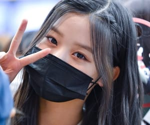 jang wonyoung and produce 48 image