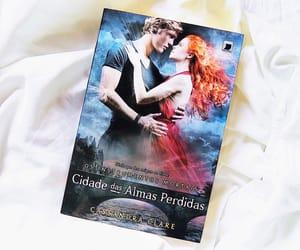 book, amo ler, and books image