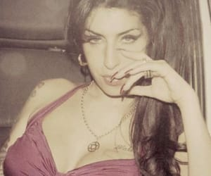 Amy Winehouse, diva, and pretty image