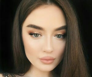 girl, make up, and ميك اب image