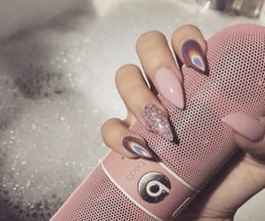 nails, pink, and beats image