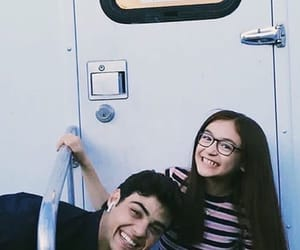 noah centineo and anna cathcart image