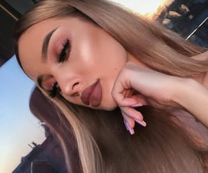 big lips, eyelashes, and eyes image