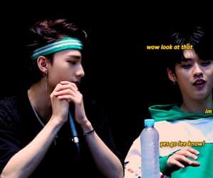 gif, k-pop cute, and hwang hyunjin image