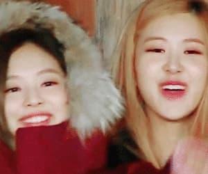 gif, korean, and jennie image