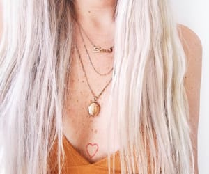 blonde, fashion, and freckles image