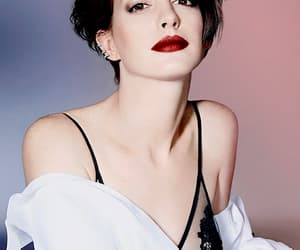 Anne Hathaway, wow, and girl image