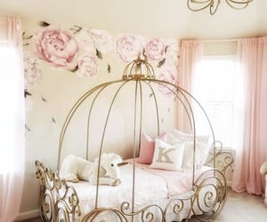 room and baby image