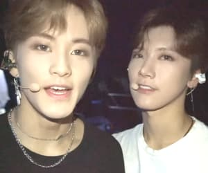 mark lee, ten, and nct image