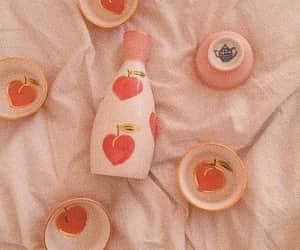 aesthetic, fresas, and milk image