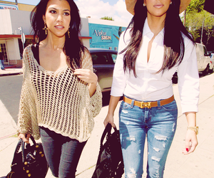 kim kardashian, kourtney kardashian, and beauty image