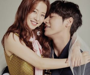 couple, kdrama, and park bo young image