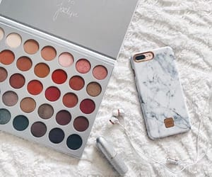 accessories, beauty, and eyeshadow image