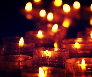 Immagine di autumn, candle, and Darkness
