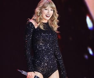smile, Taylor Swift, and reputation tour image