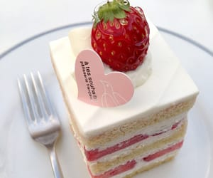 cake, strawberry shortcake, and tumblr image