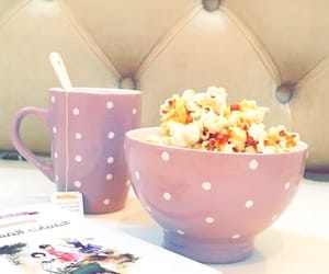 book, livres, and popcorn image