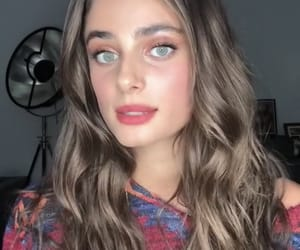 model, taylorhill, and victoria image