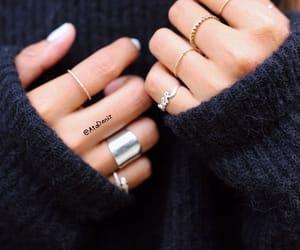 nails&rings image