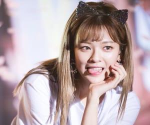 kpop, sixteen, and yoo jeongyeon image