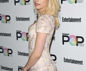 actress, blonde, and emma roberts image