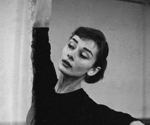 audrey hepburn and ballet image