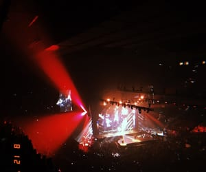 concert, red, and panic! at the disco image