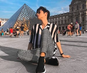 louvre, paris, and guy image