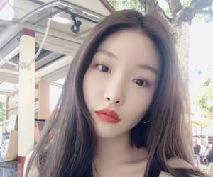 chungha, kpop, and ioi image