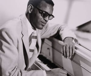 singer and ray charles image