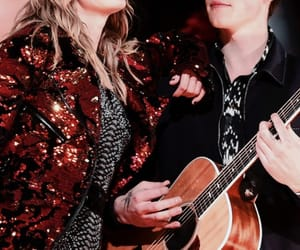 Taylor Swift, taylor swift wallpaper, and shawn mendes image