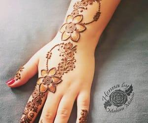 hand and mehandi image