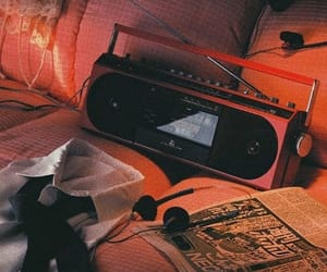 aesthetic and radio image
