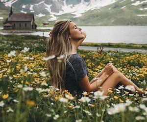 blonde, boho, and daisies image