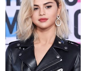 actress, sel, and beauty image