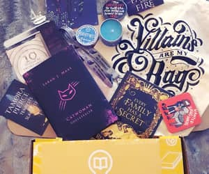 box, bookstagram, and subscription image