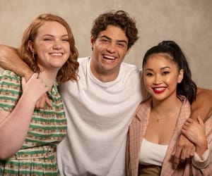 noah centineo, lana condor, and shannon purser image