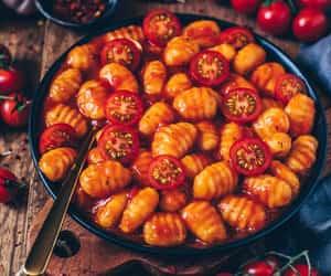 eat, recipe, and tomato image