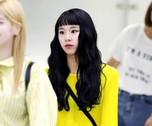 k-pop, twice, and chaeyoung image