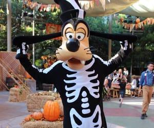 disneyland, goofy, and Halloween image