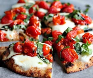 food, pizza, and tomato image