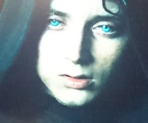 elijah wood, lord of the rings, and fellowship of the ring image